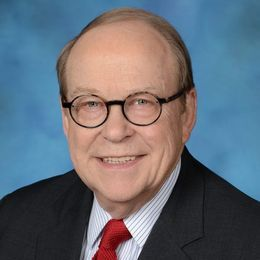 Russell J. Warren, Weatherhead Visiting Committee