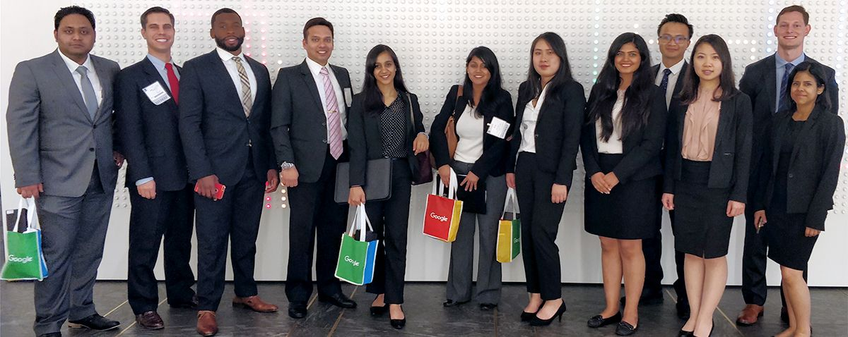 "Students Get ""Inside Scoop"" at NYC Trek - MBA students connected with companies, business leaders and Weatherhead alumni in the Big Apple."