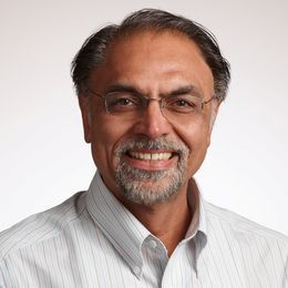 Jagdip Singh; AT&T Professor of Marketing;                      Co-Director of MSM-Business Analytics Program;                      Professor;                       Weatherhead School of Management